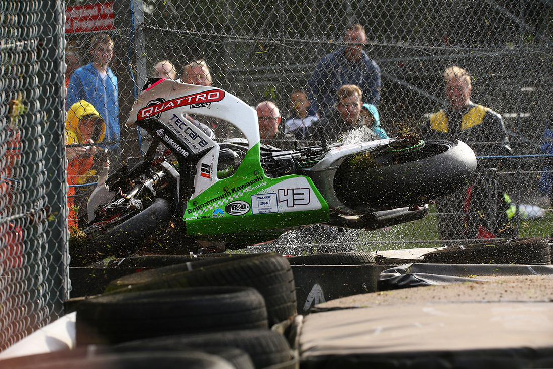IIP_BSB_Mainwaring_Crash_12